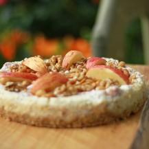 Bakt ostekake med eple og kanel